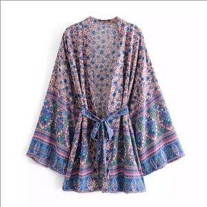 """""""The Tessa"""" Floral Bohemian Kimono"""